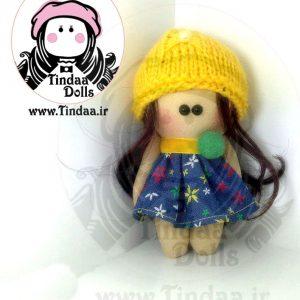 آویز ۱۰ سانتی متری عروسک روسی دختر کد #159 به همراه کلاه بافتنی
